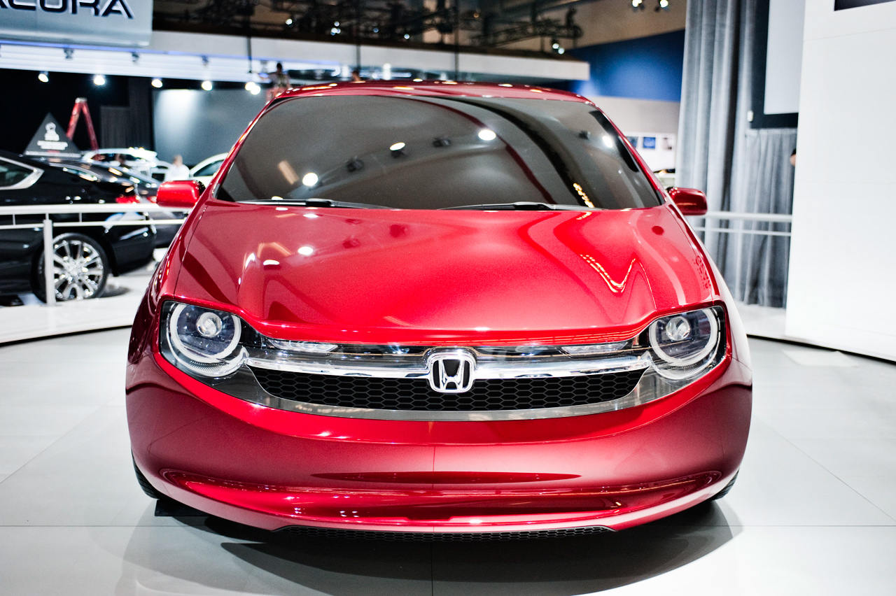 2013-Montreal-Auto-Show-sees-Honda-GEAR-world-debut-10