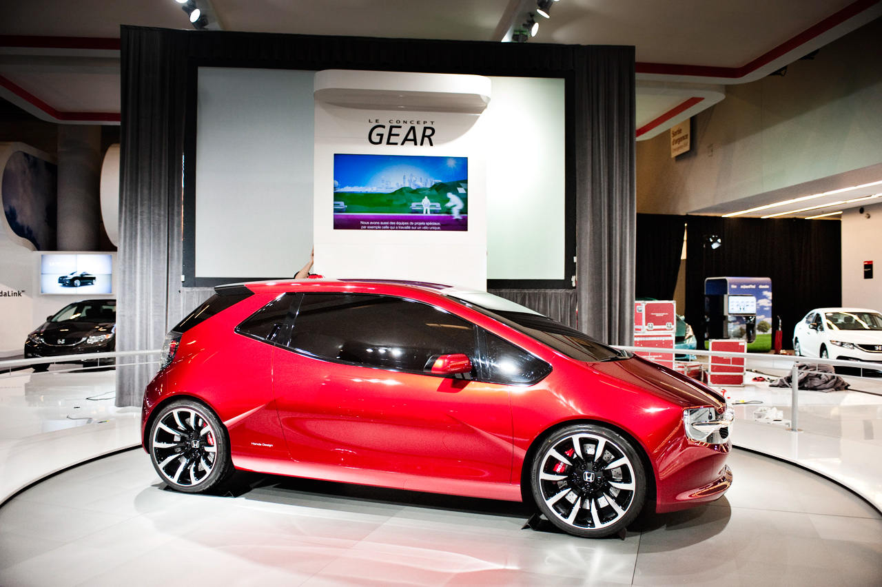 2013-Montreal-Auto-Show-sees-Honda-GEAR-world-debut-14