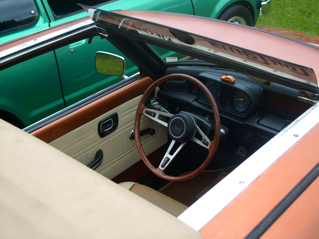 Bobby Lisle's Soft Top and Interior